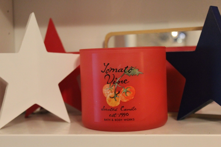 Tomato Vine Candle : Bath and Body Works